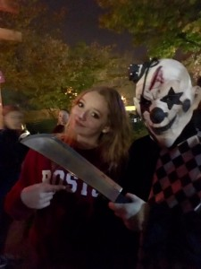 Haunted Graveyard -Clown with knife