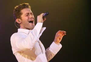matthew-morrison-conert-london-02_prphotos