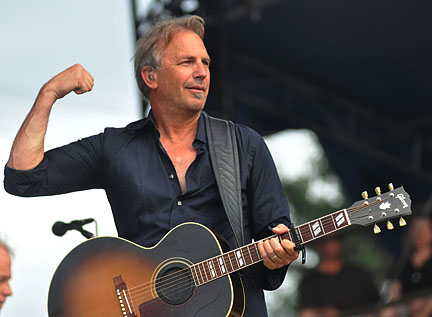 kevin costner and modern west at the ridgefield playhouse